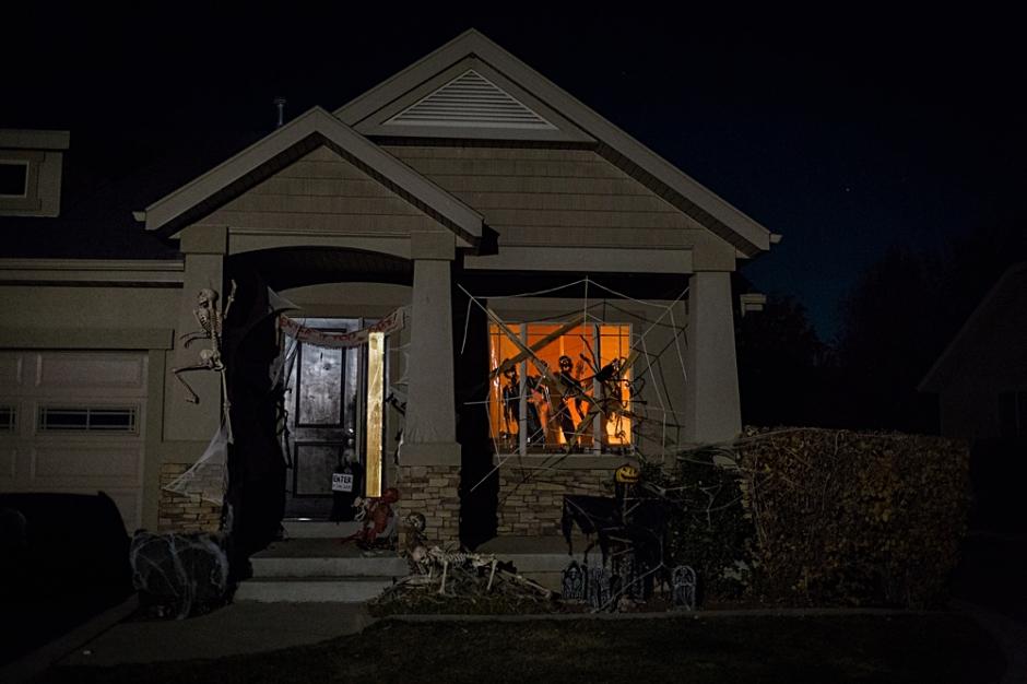 Spooky Halloween Party, Creative Halloween Decorations, Scary Halloween, Halloween DIY